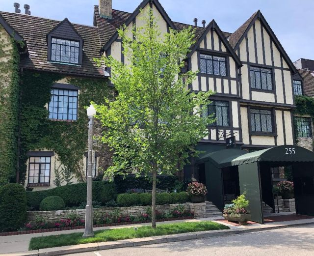 Deer Path Inn, a historic Tudor style resort hotel in north suburban Lake Forest. (J Jacobs photo)