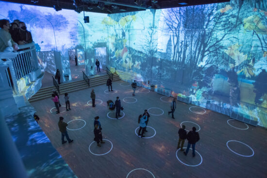 Immersive Van Gogh Chicago (Michael Brosilow photo)