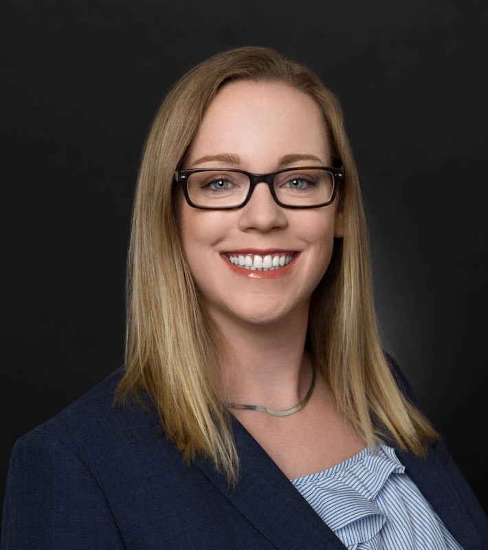 DR. Sydne Pomin, DC | Chiropractor | Tam Chiropractic