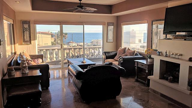 Beautiful Home With An Ocean View 6