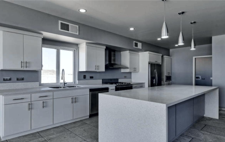 Elegant Oceanfront Home Kitchen