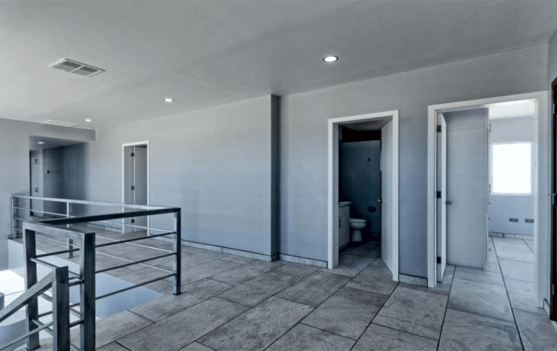 Elegant Oceanfront Home Level 2