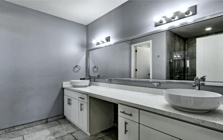 Elegant Oceanfront Home Master Bath 2
