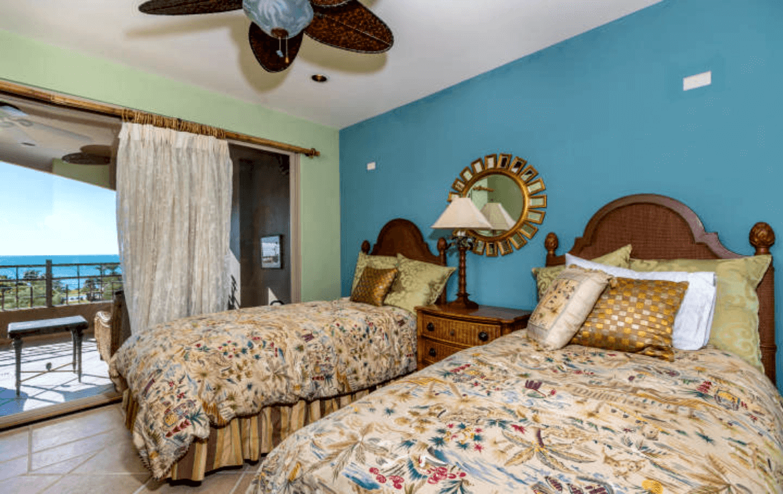 Condo With Stunning Ocean Views Bedroom