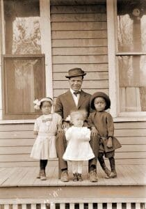 Manitoba and Family