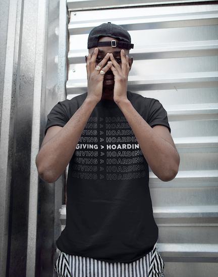 Black/White Giving is Better than Hoarding Men's T-Shirt