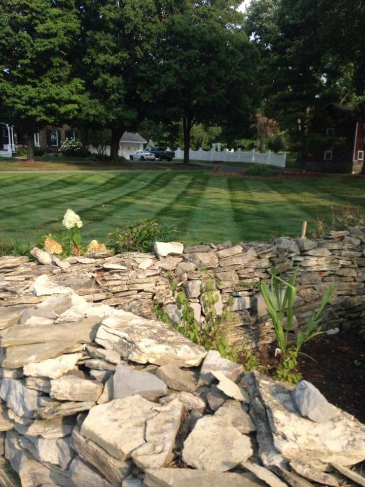 Holmes Landscapes and Hardscapes | Manlius NY | Serving The Syracuse NY Area