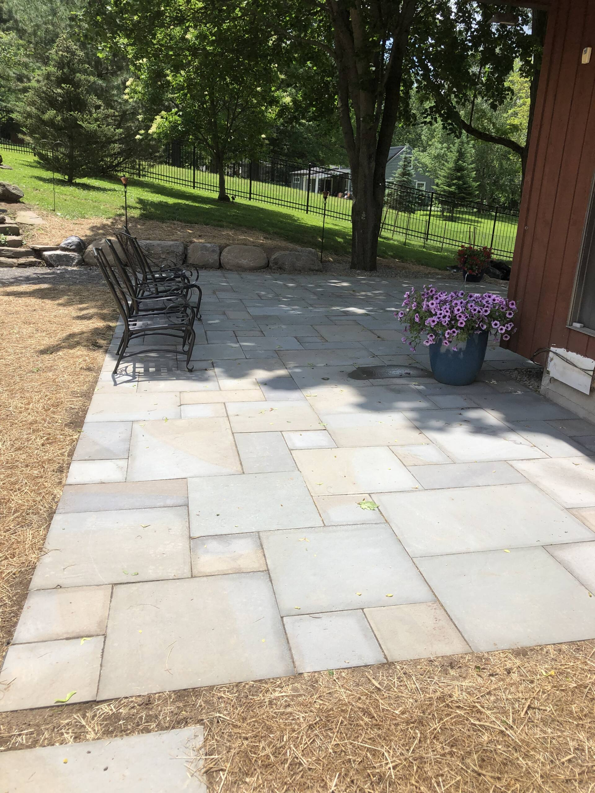 Holmes Landscapes and Hardscapes   Manlius NY   Serving The Syracuse NY Area