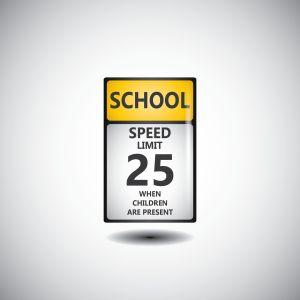 school-parking-lot-signage