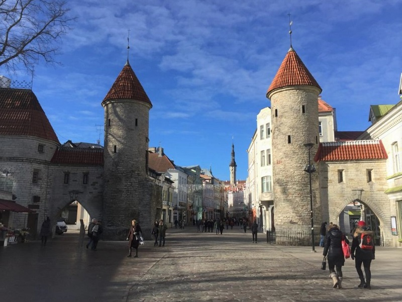 Old Town Tallinn - Viru Gate