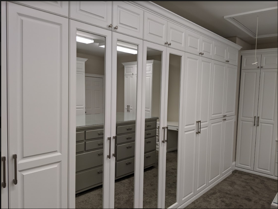 walk in master closet design chattanooga