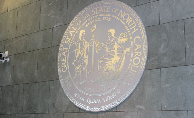the great seal of the state of north carolinia