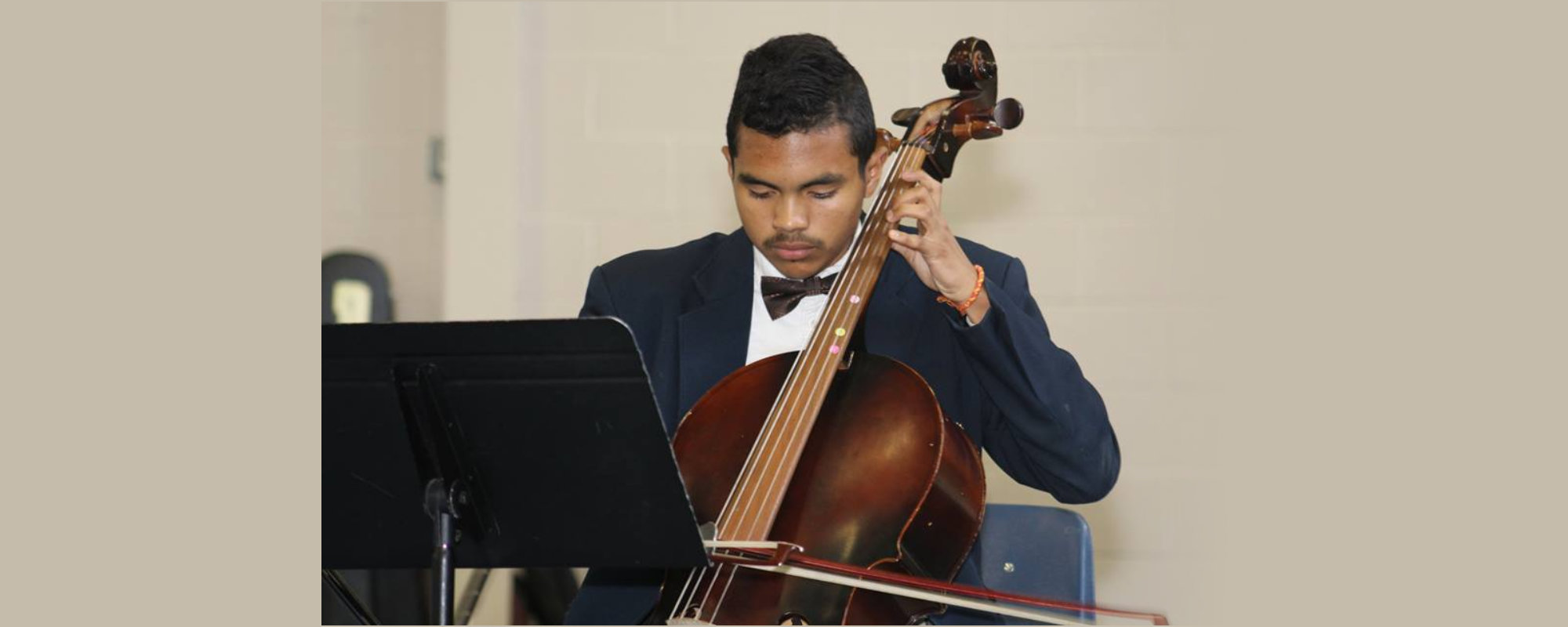 man playing the instrument