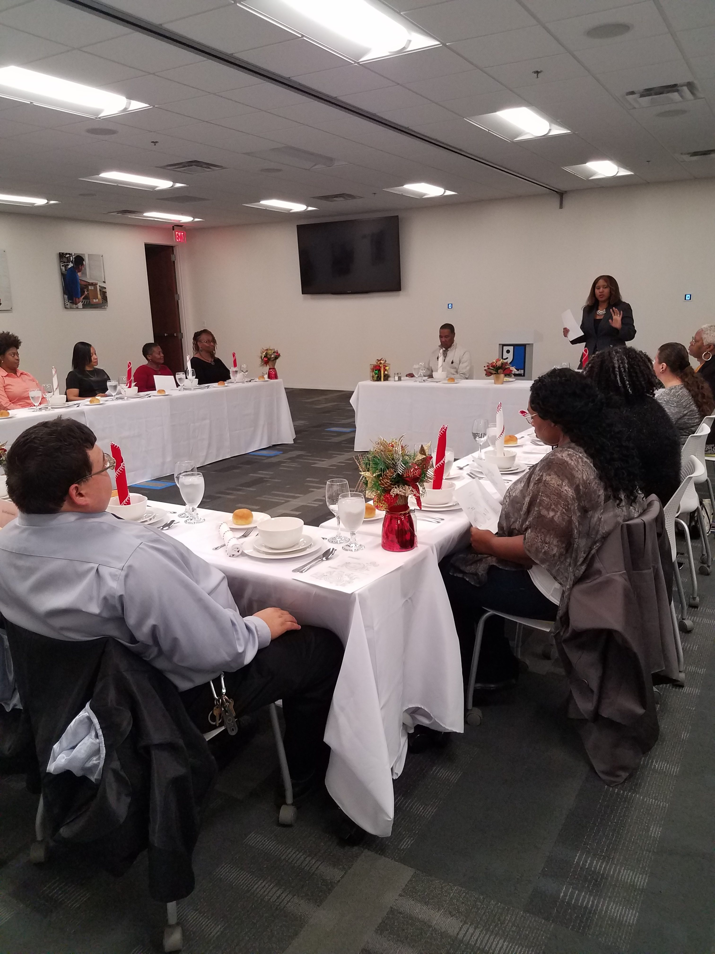 Business & Meal Dining Etiquette Workshop With Goodwill Alumni Class