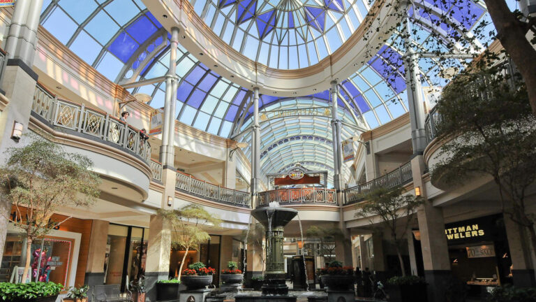 King of Prussia Holiday Shopping Guide for 2019