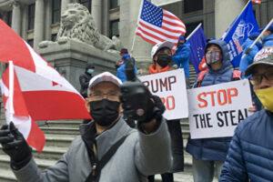 温哥华华人站出来:支持正义 支持川普 : 美国没有民主,人类将陷入黑暗