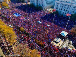 美国华盛顿挺川普大游行