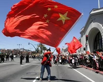 被美国抓住了共产党的睾丸, 王毅急求美国解除共产党员入境限制事出有因
