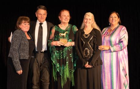 2019 Darley Award Dream Pearl, Older Mare