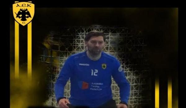 Θωράκισε τα γκολπόστ με την ανανέωση Κοσάνοβιτς