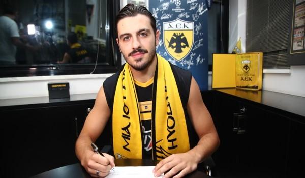 Δεν θα μπορούσε να φανταστεί τον εαυτό του εκτός ΑΕΚ ο Γαλανόπουλος (video)