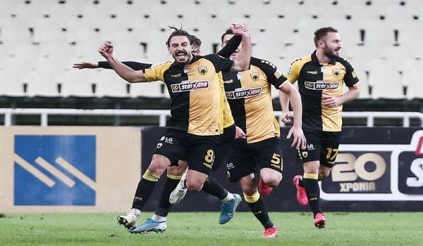 Δεν ξεχνάει τα μηνύματα των οπαδών της ΑΕΚ ο Σιμόες και ανανέωσε το ραντεβού μαζί τους στο γήπεδο (photo)