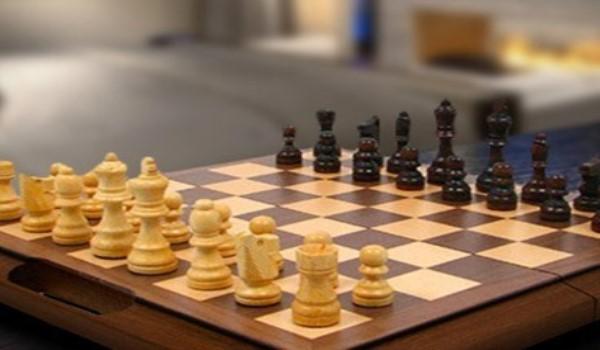 Οκτώ μεταγραφές στο Σκάκι