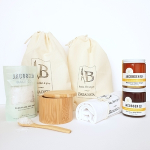 Gift box with bread and salt plus honey