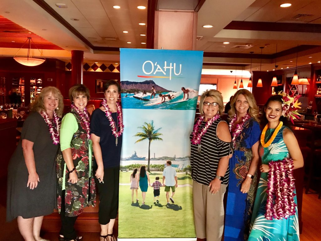 Agent learning about destination updates from Oahu, Hawaii
