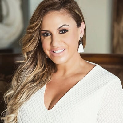 """47: Vanessa Hernandez – Miami Luxury Broker says, """"Do you first! And live your dreams!"""""""