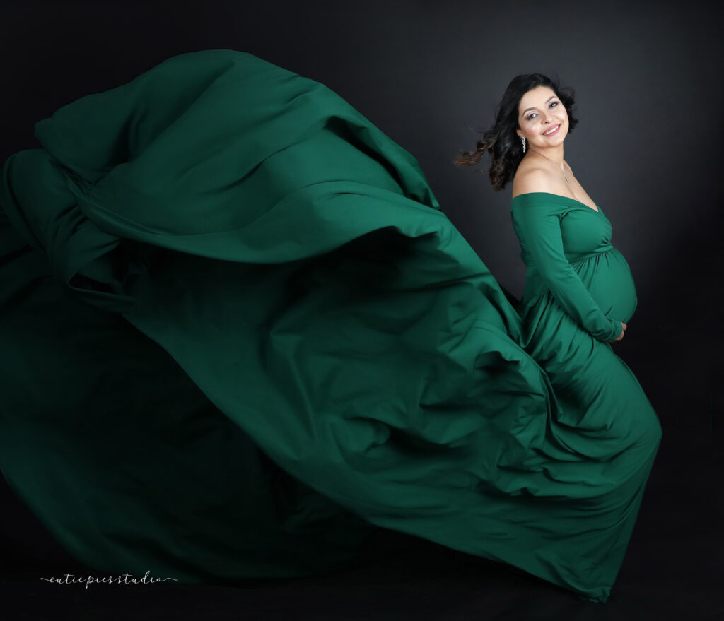 Maternity Photographer -Pregnancy Photo,Santa Clara, San Jose, Sunnyvale, Palo Alto, Cupertino, Mountain View, Milpitas, Gilroy, Stanford, Los Gatos, Morgan Hill, Los Altos, Campbell, Saratoga, Los Altos Hills, Monte Sereno, San Martin, Alum Rock, Cambrian Park, East Foothills, Burbank, Fruitdale, Llagas-Uvas, Loyola, Lexington Hills, West Santa Clara