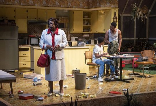 L o R Jacqueline Williams (Mom), Jon Michael Hill (Austin) and Namir Smallwood (Lee) in True West at Steppenwolf. (Photo by Michael Brosilow)