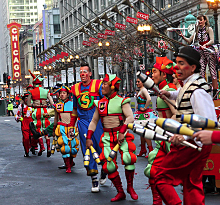 Performers stop in front of Macy's during a past Chicago Thanksgiving Day parade (City of Chicago photo)