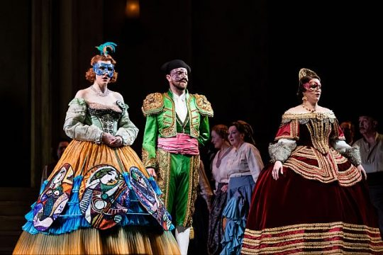 Amanda Majeski, Ben Bliss and Rachel Willis-Sørensen in Don Giovanni at Lyric Opera of Chicago. (Kyle Flubacker photo)