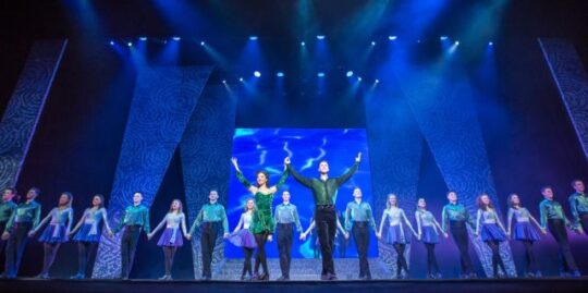 Riverdance cast at Cadillac P:alace Theatre in Chicago (Jack Hartin Photo)