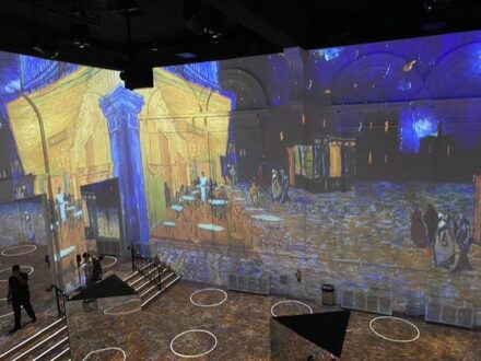 Immersive Van Gogh in Chicago (Michael Brosilow photo)