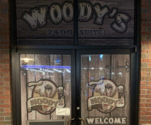 Woody's Hand Tossed Pizza
