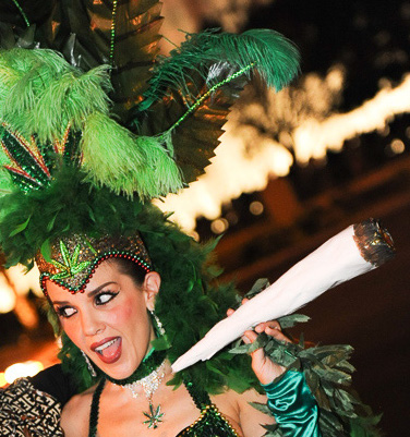 vegas showgirl giant joint blunt