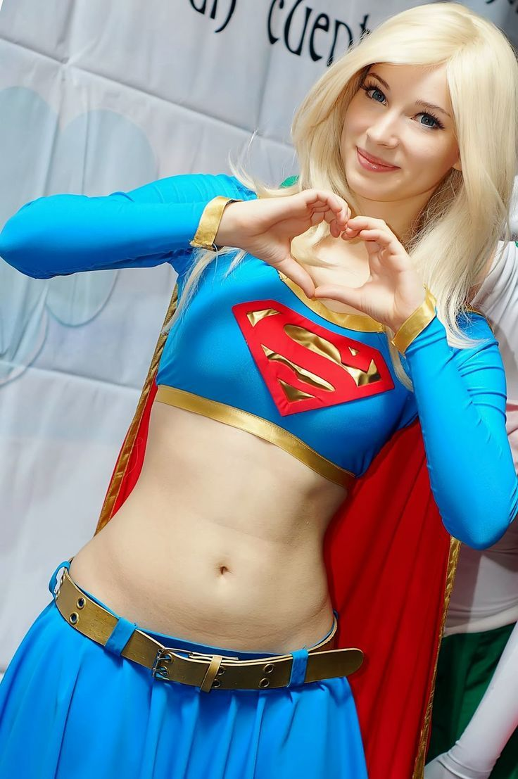 supergirl cosplay midriff heart