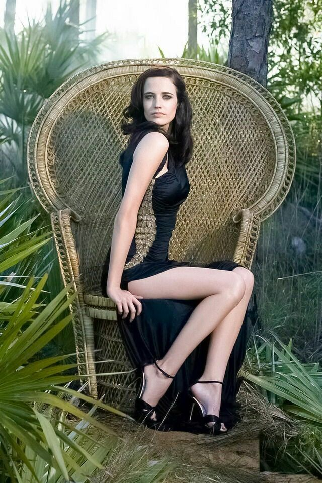 sexy in black eva green movie star of dumbo