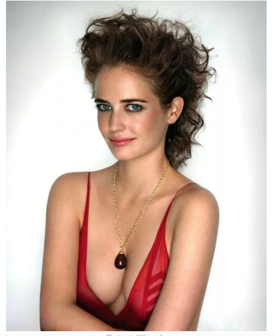 eva green star of dumbo in red with amazing eyes