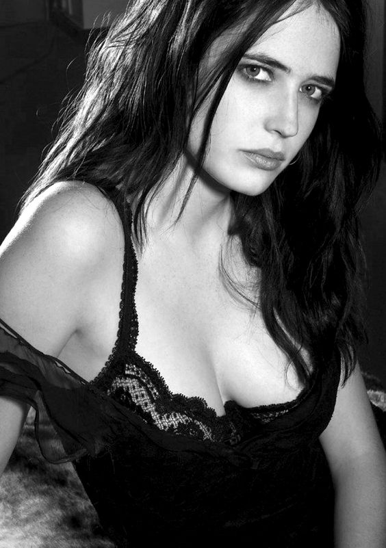 eva green sexy in lingerie