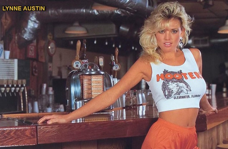 hooters girls 1980s hot shorts