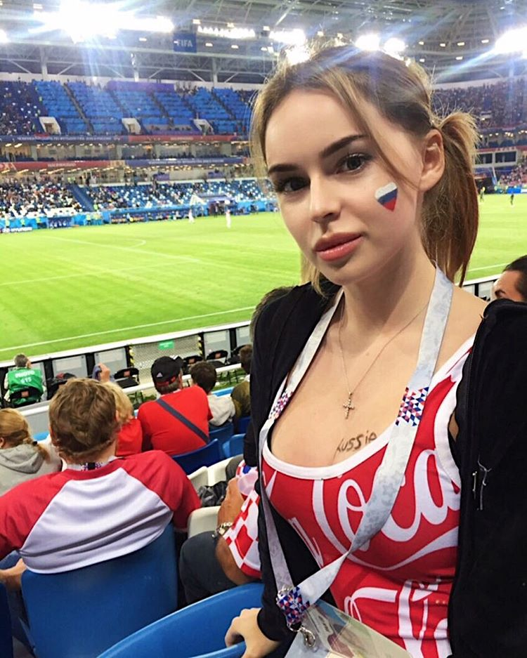 knockout russian babe in coca cola top