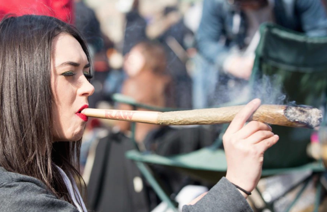cute babe with enormous joint blunt