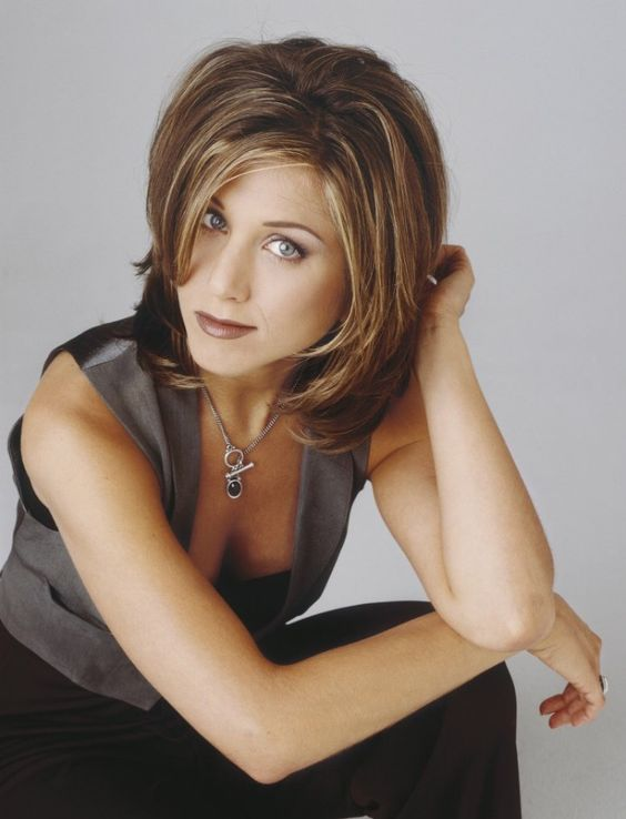 jennifer aniston photo shoot 90s girl