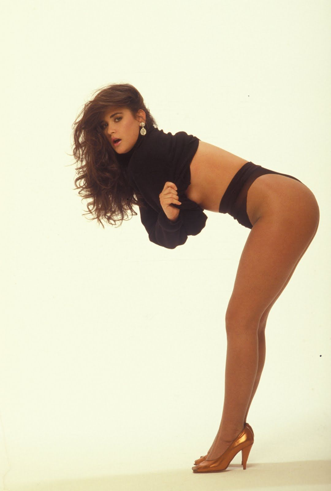 demi moore side boob and heels 90s babe