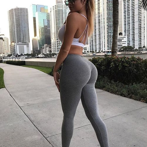 blonde hotty in yoga pants all tight