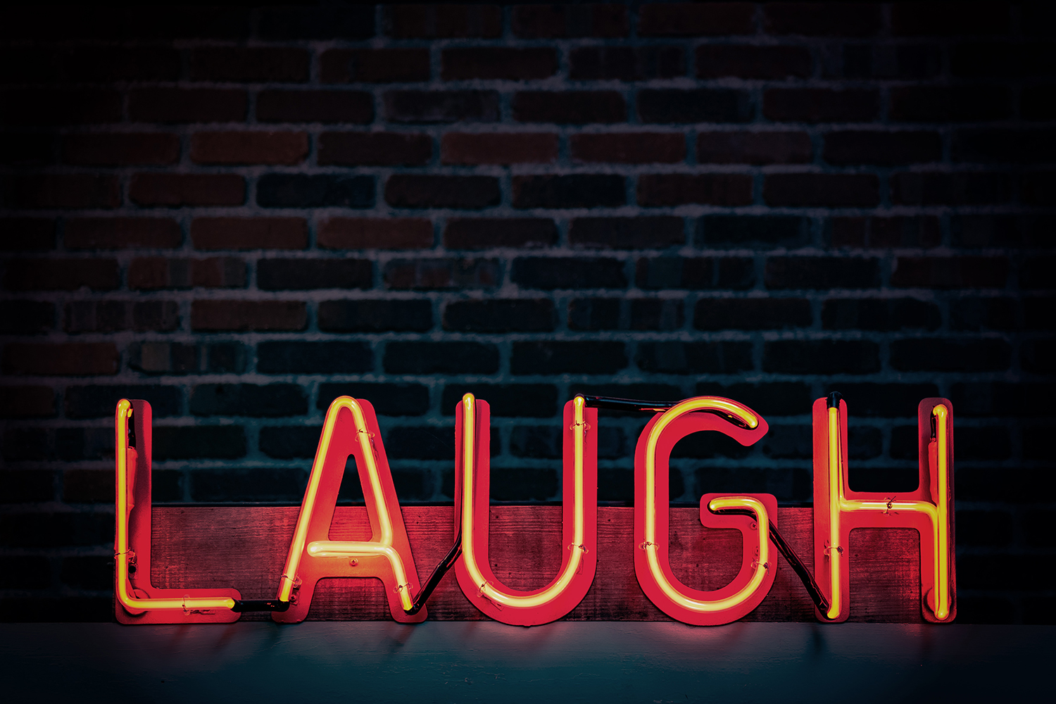 Laugh-neon-sign_resize