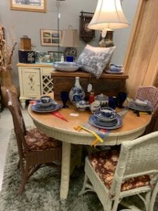Sweet wicker oak round table w 6 wicker chairs
